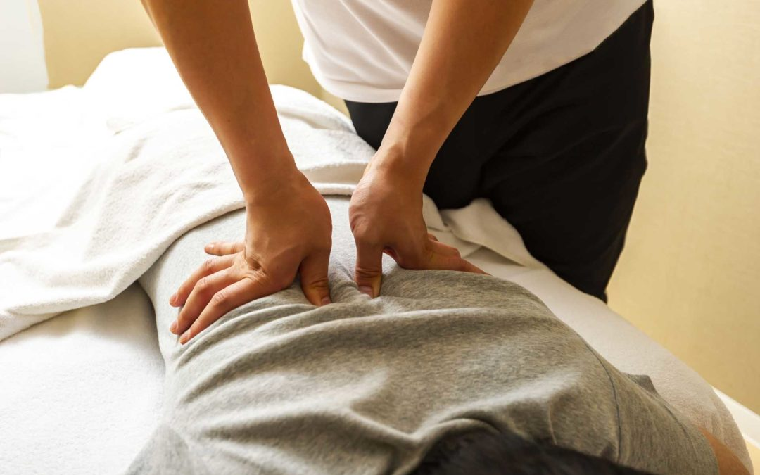 Need and awesome massage but your budget is as tight as your neck and shoulders?… $30 off your next massage with Super Therapist Kylie Higgins!